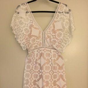 Lace white/cream and tan Lulu's dress